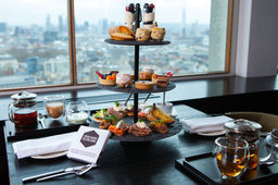 Holiday Homes located in London - Afternoon Tea