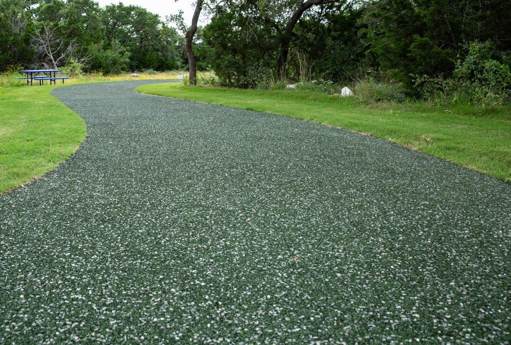 Porous Pave: green color harmonizes with landscape